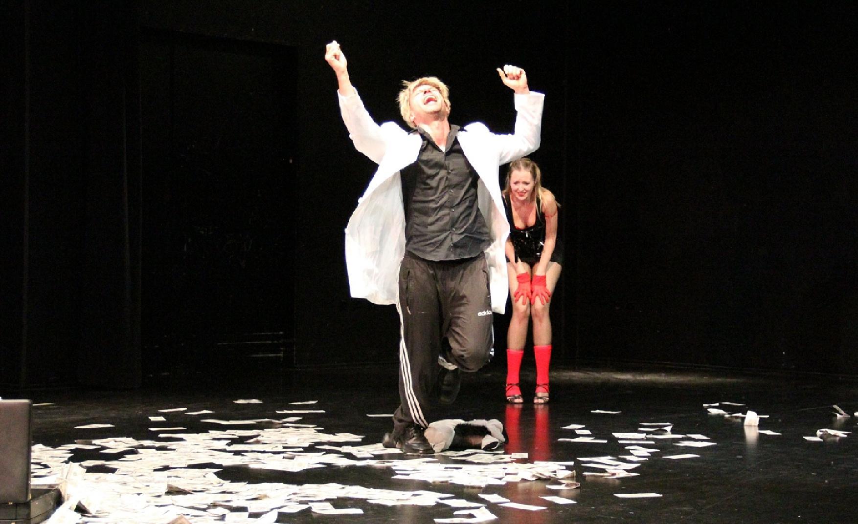 2011 | Hoffmanns Erzählungen (Schauspiel mit Musik) | TeAtrum VII | Hoffmann | Foto: Felix Holland